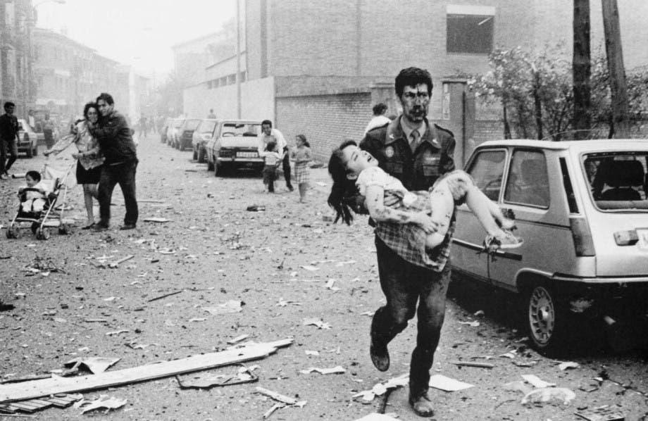 Guardia Civil rescata a niña de atentado de ETA (1991)