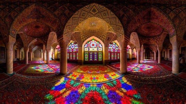nasir-al-mulk-mosque-shiraz-iran-1