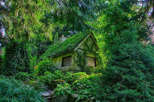 fairy-tale-houses-23
