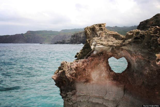 o-HEART-NEAR-NAKAHELE-BLOWHOLE-900