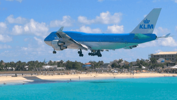 avion17