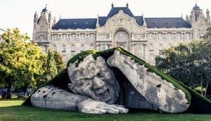 Escultura-gigante