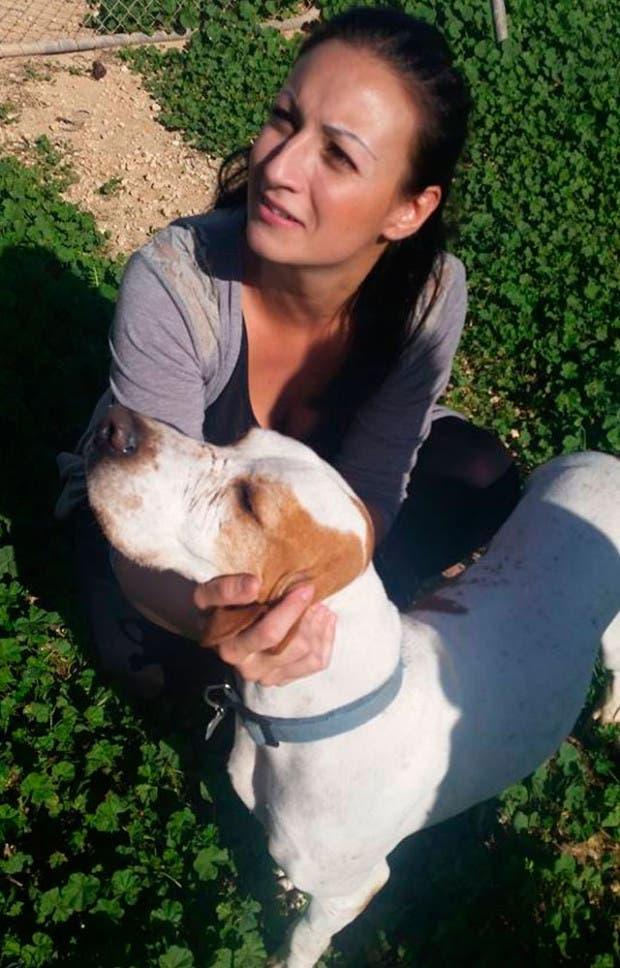 Rebecca-Geres-ayuda-perros-y-gatos-malta