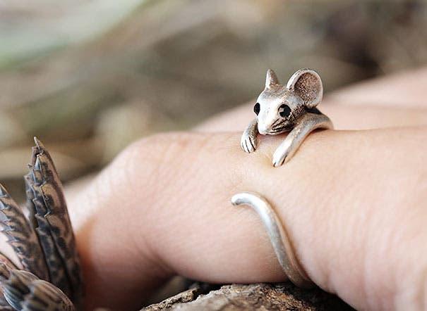 unusual-jewelry-creative-ring-designs-1
