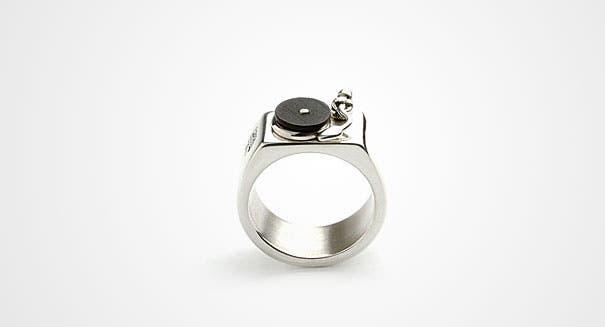 unusual-jewelry-creative-ring-designs-29