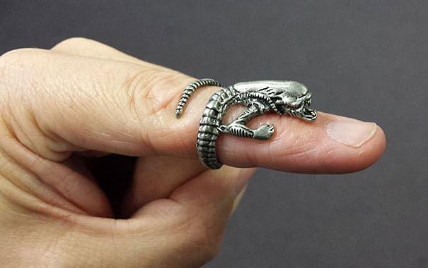 unusual-jewelry-creative-ring-designs-48