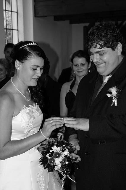 wedding-534474_640