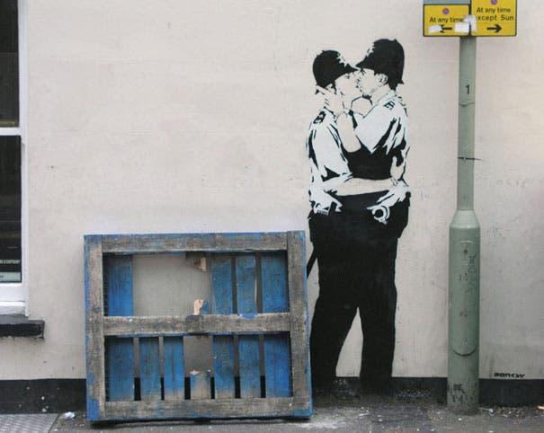 wpid-banksy-graffiti-street-art-kissingcoppers3.jpg