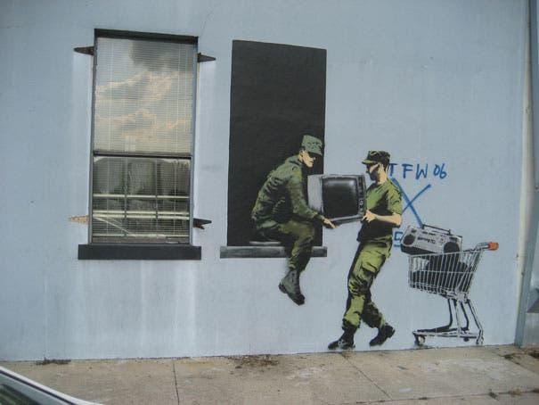 wpid-banksy-graffiti-street-art-looters.jpg