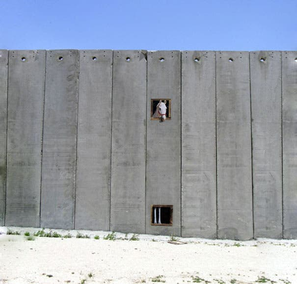 wpid-banksy-graffiti-street-art-palestine-horse.jpg