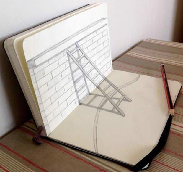 dibujo-de-una-escalera-en-un-cuaderno