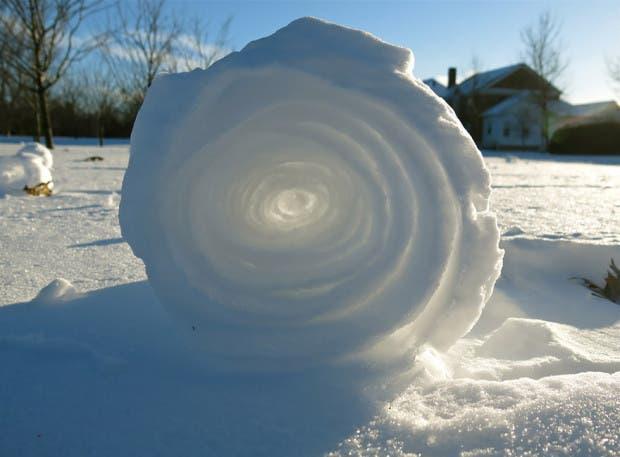 frozen-ice-art-191__880