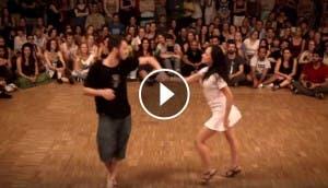 pareja-bailando-forro