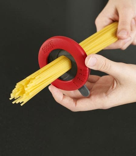 50-Useful-Kitchen-Gadgets-You-Didnt-Know-Existed-spaghetti-measure