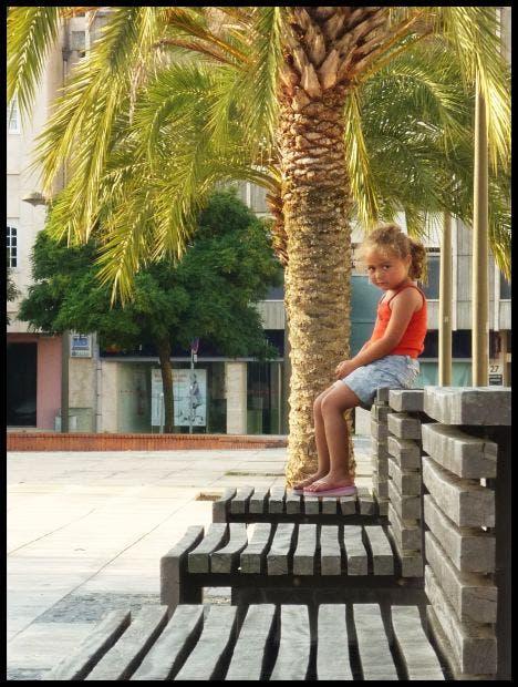 niña parque