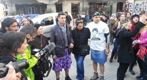 hombres usando faldas en estambul (4)