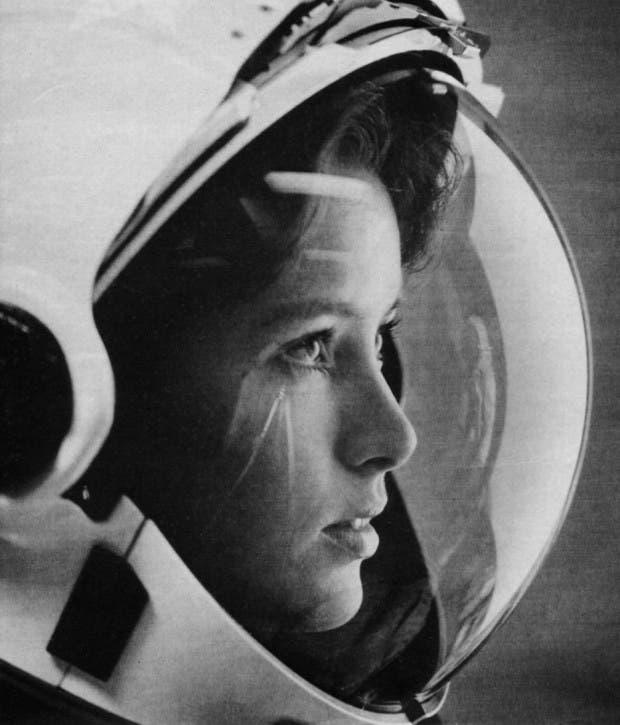 17. madre en el espacio