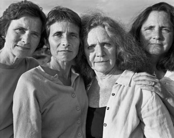 2006 foto hermanas