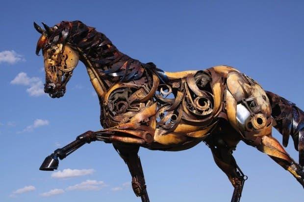 Esculturas de metal caballop