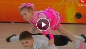 ninos-acrobatas-baile-video