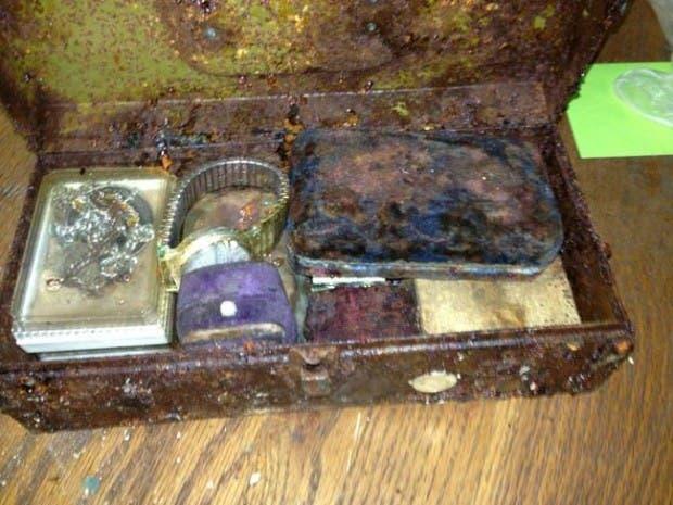 tesoro escondido en caja fuerte17