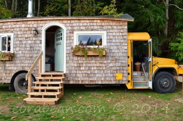 autobus convertido en casita