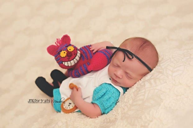 geeky-newborn-baby-photography-568__880