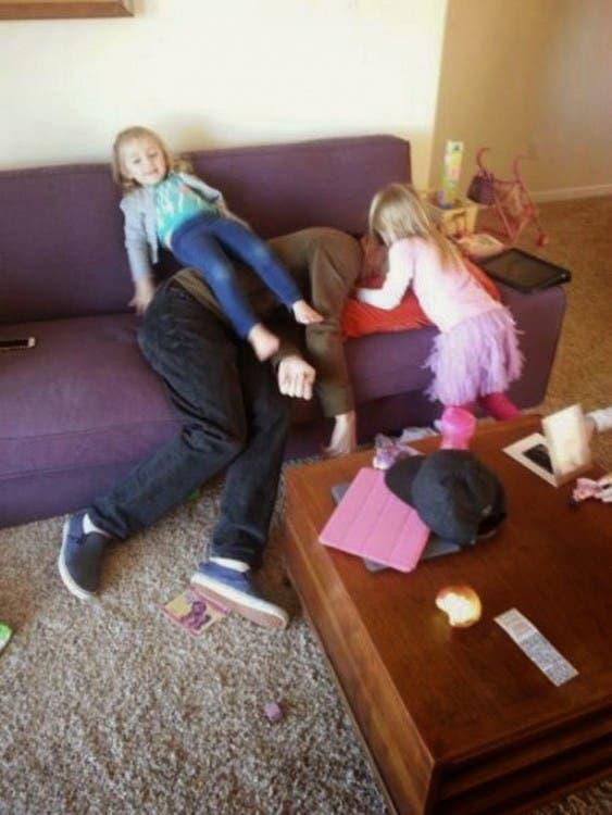 niños-que-arruinan-las-cosas30