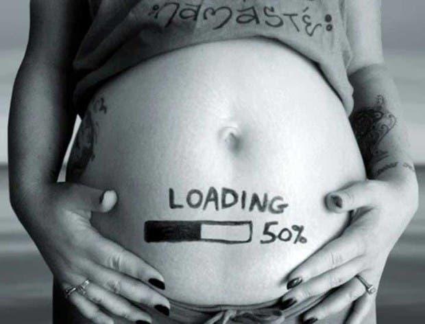 wpid-creative-pregnancy-announcement-card-16__605.jpg