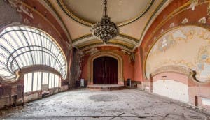 casino-abandonado