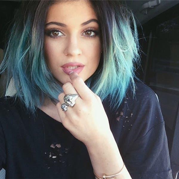 mujeres-cabellos-arco-iris-pastel-kylie