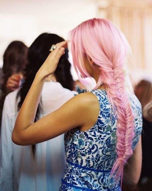 mujeres-cabellos-arco-iris-pastel-trenza-sirena2