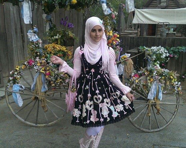 muslim-lolita-hijab-japanese-fashion-anime-38