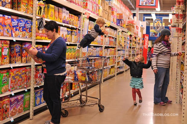niño-sindrome-down-vuela-fotos-compras