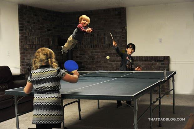 niño-sindrome-down-vuela-fotos-ping-pong