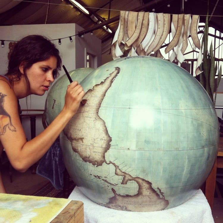 One-of-the-Worlds-Only-Globe-Making-Studios-Celebrates-the-Ancient-Art-of-Handcrafted-Globes28__880
