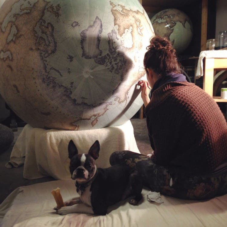 This-Job-Exists-In-the-Studio-With-One-Of-The-Worlds-Last-Remaining-Globe-makers__880
