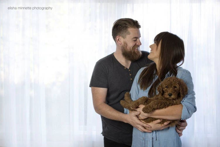 couple-newborn-dog-elisha-minnette-photography-14