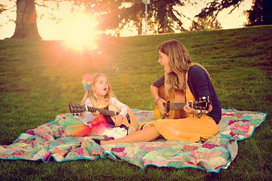 mama-hija-guitarra