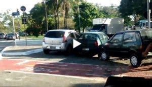 ciclista-video-curioso