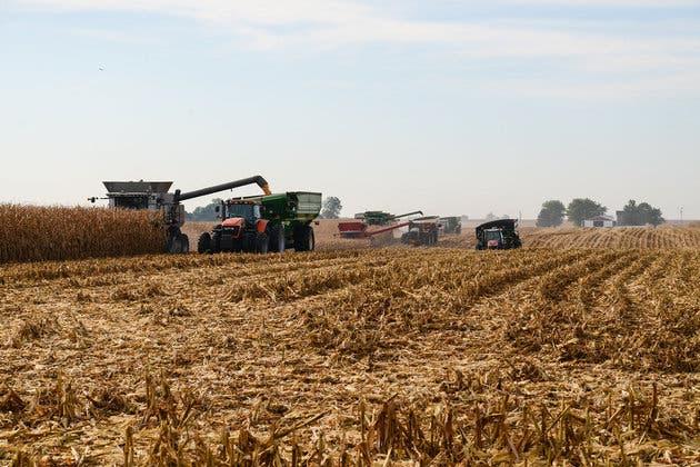 comunidad-solidaria-con-granjero3