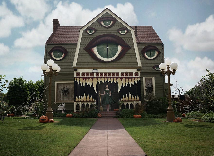 decora-casa-de-sus-padres-de-halloween9