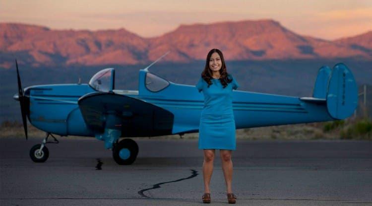 mujer-piloto-sin-brazos4