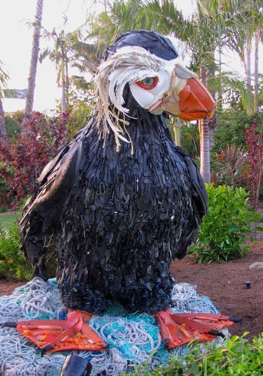 reciclaje-esculturas-plastico6
