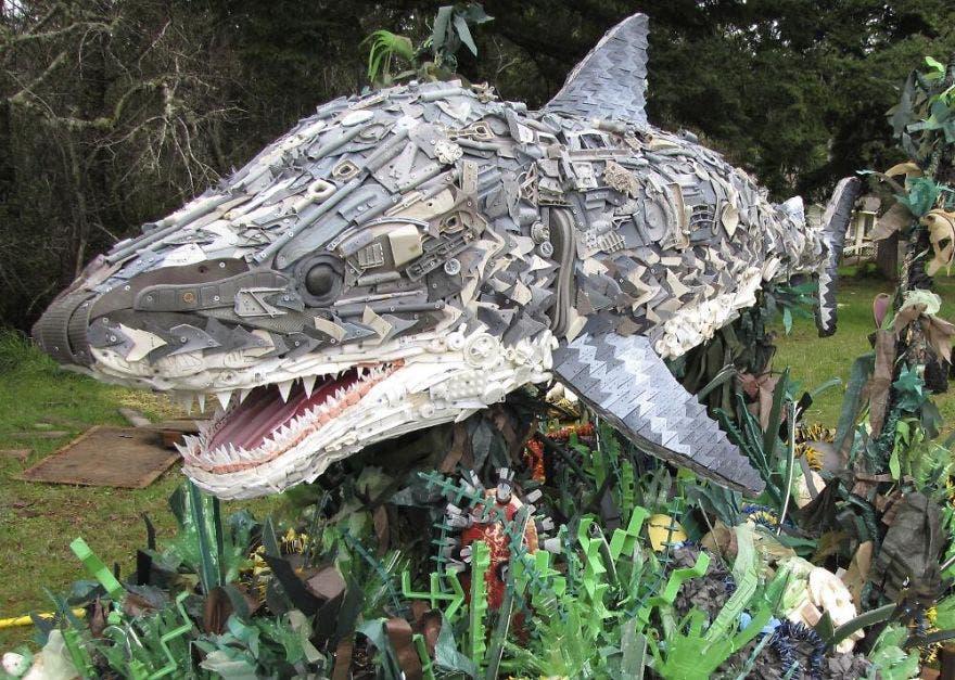 reciclaje-esculturas-plasticos14