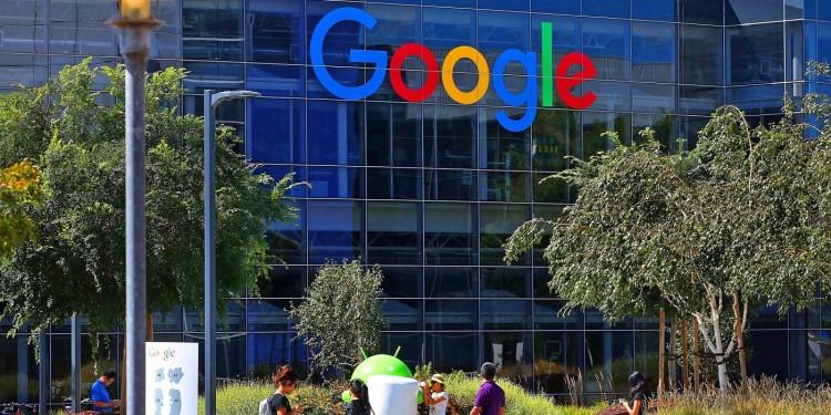trabajador-google-vive-en-el-estacionamiento6