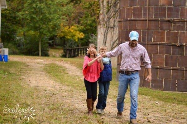Este padre soltero invitó a la mujer de sus sueños a un baile… ¡Descubre quién es!