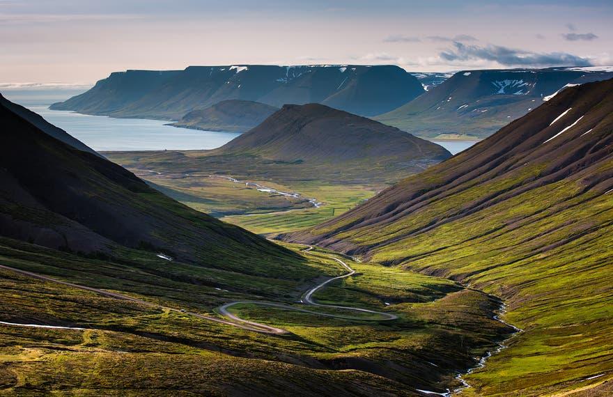 fotos-espectaculares-paisajes-islandia-conexion-tierra-amor-odio-19