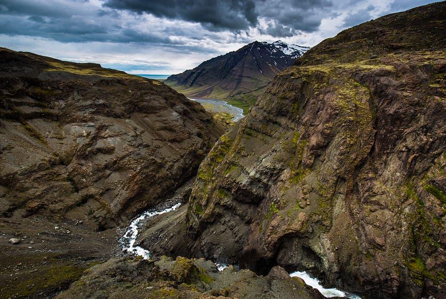fotos-espectaculares-paisajes-islandia-conexion-tierra-amor-odio-22