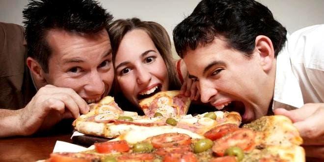 lucha-de-personas-que-siempre-tienen-hambre13